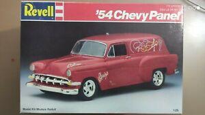 Revell 7139  54 er Chevy Panel 1 : 25