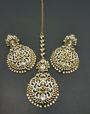 New Indian bollywood Elegant earrings and tikka in GOLD costume jewellery