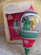 Hallmark 2005 Peek-A-Boo Tweety Sylvester Looney Tunes Christmas Ornament