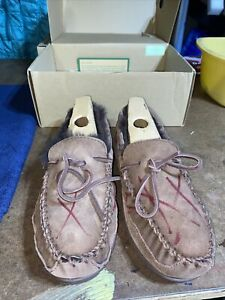 L.L. Bean Men's Wicked Good Moccasin Slippers Chocolate Brown Size 10