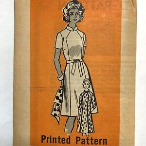 Vintage 1970s MARIAN MARTIN Sewing Pattern A-Line Dress Nehru Collar sz 16 UNCUT