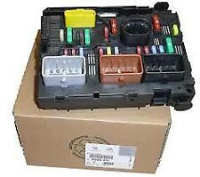 PEUGEOT CITROEN ENGINE FUSE BOX 207 307 407 C4  (GENUINE)