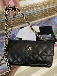 CHANEL Chained Wallet On Chain WOC Purse Crossbody Wallet READ
