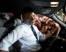 BARACK OBAMA IN A FORD TRUCK AFTER SPEECH - 8X10 PHOTO (ZZ-503)