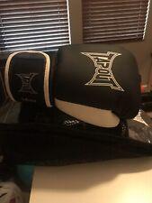 Tapout Men's 14oz. Boxing Gloves