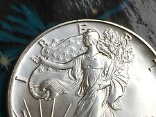 1990 American Silver Eagle, one ounce 99.99% pure silver bullion, BU