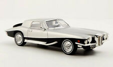 wonderful modelcar STUTZ  Blackhawk Coupe 1971 - silver/darkblue  - scale  1/43