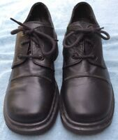 "Dr. Doc Martins Women's Black Leather Oxford ""9264"" England Shoe Size 6 US"