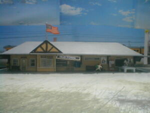 HO scale  Passenger Depot Old Town detailed,painted,
