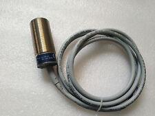 Telemecanique XT130B1PAL2 Photoelectric Switch Sensor