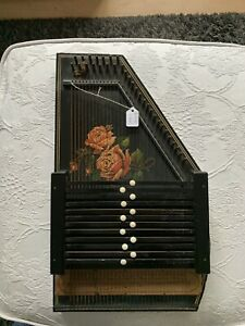 Vintage Zither 32 String Austrian Autoharp