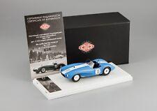 ЗИЛ-112С белый/голубой 1964 / ZIL 112S DiP models 1/43 L.E.960 pcs