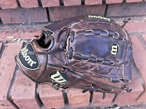 "Wilson A2000 pro stock K22 Kip 12"" Inch Baseball glove R-H  leather used Japan"