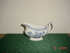 "J. & G. MEAKIN BLUE NORDIC CLASSIC WHITE ""BLUE ONION"" SWIRL GRAVY BOAT/ENGLAND"