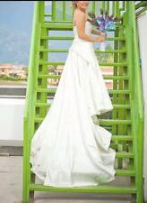 Luxury wedding dress size 6 white Swarovski and pearls. Marriage