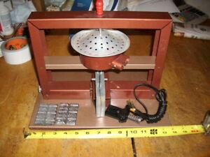 vintage tin-lead soldgier casting set
