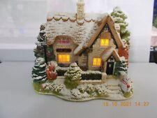 More details for lilliput lane - christmas lights at the bell inn - illuminated