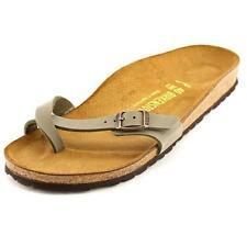 Sandali e scarpe Birkenstock marrone per il mare da donna