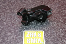 TRIUMPH SPRINT RS 955i 2004 CLUTCH LEVER PIVOT PERCH HANDLEBAR BRACKET