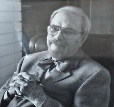 Chuck Jones Commemorative Photo and Biography