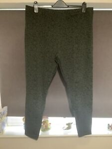 M & S ladies Khaki mix leggings size 20