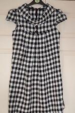 ❄️ New Quiz UK 10 Monochrome Woven Check Tunic Dress Cap Sleeve Cowl Collar