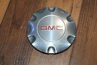 "2005 - 2009 GMC Envoy OEM WheelCenter Cap  P/N 9595881 6 spoke 17"" Polished  O"
