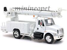 NEW RAY 15913 F UTILITY INTERNATIONAL 4200 DIGGER 1/43 WHITE