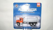 Walthers HO International 7600 3-Axle Heavy Duty Dump Truck #949-11661