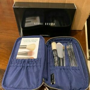 Bobbi Brown Classic Brush collection 6 Brushes and a Black Carrying Case NIB