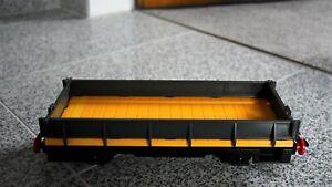 Playmobil Eisenbahn; grau/gelber Niederbordwagen aus Set  Nr. 4024 (auch LGB)