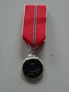(A47-6) Wehrmacht  Winterschlacht im Osten Miniatur Orden 57er 15mm