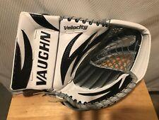 Vaughn V3 Velocity 7500 Pro Spec Goalie Glove. New Old Stock. White Black Silver