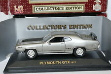 Road Champs 1/43 - Plymouth GTX 1971 Gris