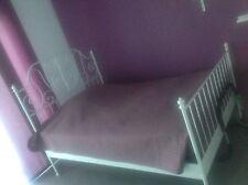 Bett von IKEA -Typ Leirvk140x200cm Zustand neuwertig mit Lattenrost und Matratze