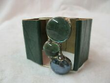 Leather Bracelet with 3 green glass Cabochons (H)