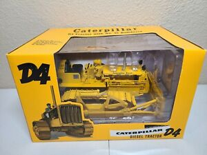 Caterpillar D4 Tractor 4S Bulldozer - SpecCast 1:16 Scale Model #CUST1354 New!