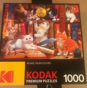 Kodak 1000 Piece Kittens in a Library  Puzzle    **MISSING THREE PIECES***