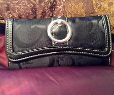 $260 NEW DOLCE SINFONIA Beverly Hills - Paris Haute Couture Black Canopy Wallet