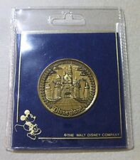 MEDAL ~ WALT DISNEY - MICKEY MOUSE - CASTLE - SOUVENIR COIN & ORIGINAL POUCH