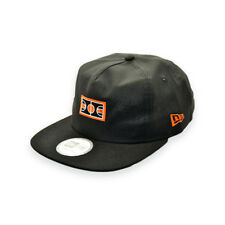 NEW ERA BBALL COURT LOGO PLAY FOR TODAY STRAPBACK CAP
