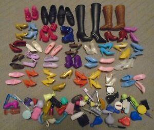 VINTAGE ~ BARBIE DOLL ~ ACCESSORIES ~ Boots / Shoes ++