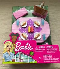 2018 Barbie Mattel Pink Picnic Table Set - Hot Dogs - NRFB