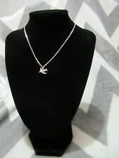 NWT Arizona Jean Co Small bird Pendant Necklace Silver Color Great Holiday Gift