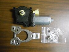 GM AC-DELCO FRONT LEFT GLASS AND HARDWARE WINDOW MOTOR 88987651 DN7 DS530