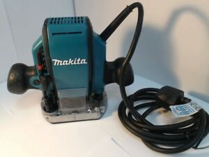Makita - RP0900 - 1/4 or 3/8 Inch Plunge - Router