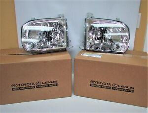 FACTORY NEW TOYOTA TUNDRA-SEQUOIA GENUINE HEADLAMP LENSE & HOUSING RH & LH SET