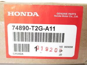 Genuine OEM Honda 74890-T2G-A11 Trunk Lid Finish Molding 2016-2017 Accord