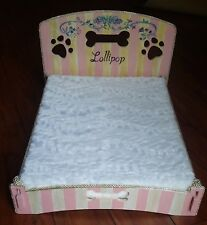 Dog bed luxury custom wooden bed raised dog bed pet bed hand-painted with name