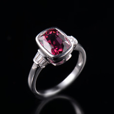 18ct White Gold Stunning Natural Red Spinel and Diamonds Estate Ring VS